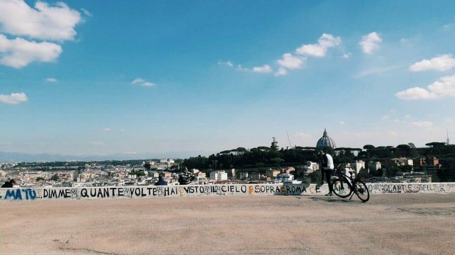 scritta al Parco Monte Ciocci