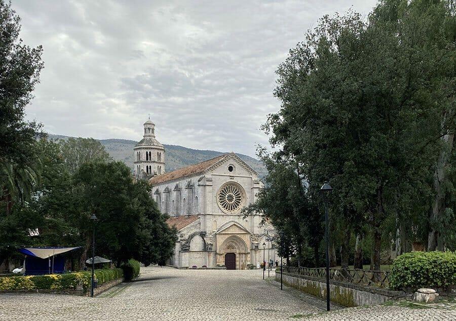 abbazia di fossanova priverno